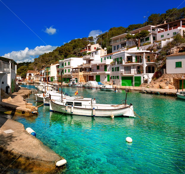 Long Stay Vacations In Spain: Fisherman Village Cala Figuera, Mallorca, Spain