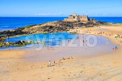 Sand beach in St Malo on Emerald Coast, Brittany, France Stock Photo