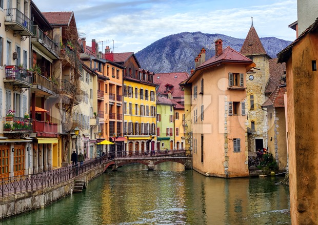 Medieval old town and Thiou river, Annecy, Savoy, France Stock Photo