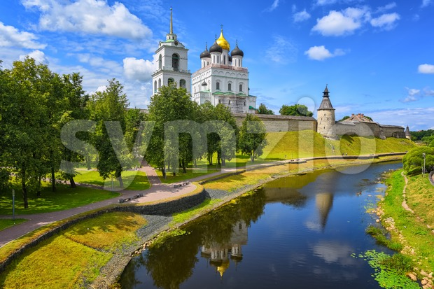 Pskov Kremlin reflecting in a river, Pskov, Russia Stock Photo