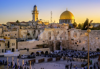 The Western Wall and Golden Dome mosque, Jerusalem, Israel Stock Photo