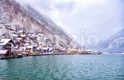 Winter in the Hallstatt town on a lake in Alps mountains, Austria Stock Photo