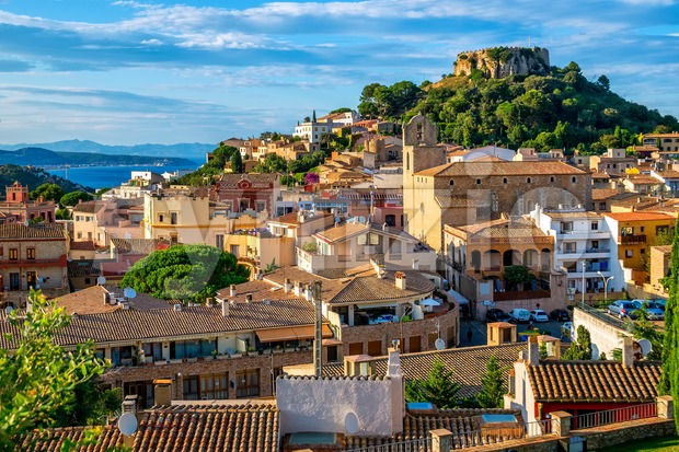 Begur Old Town and Castle, Costa Brava, Catalonia, Spain Stock Photo