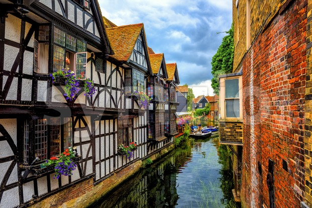 Medieval houses and river Stour in Canterbury Old Town, Kent, England Stock Photo