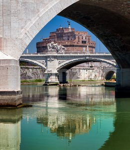 The bridges over Tiber river with Castel Sant Angelo in background, Rome, Italy Stock Photo