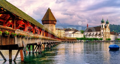 Panoramic view of the Chapel Bridge in Lucerne, Switzerland Stock Photo