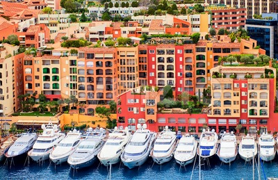 Luxury yachts in harbour of Monaco, Cote d'Azur, France Stock Photo