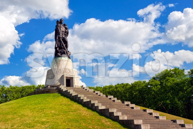 Soviet soldier monument symbolizing the victory over Nazi Germany, at Treptow park, Berlin, Germany