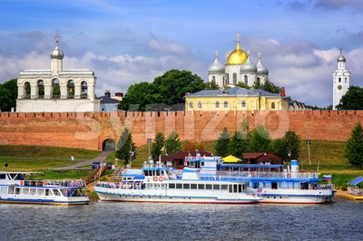 Golden and silver dome churches in Novgorod Kremlin, Russia Stock Photo