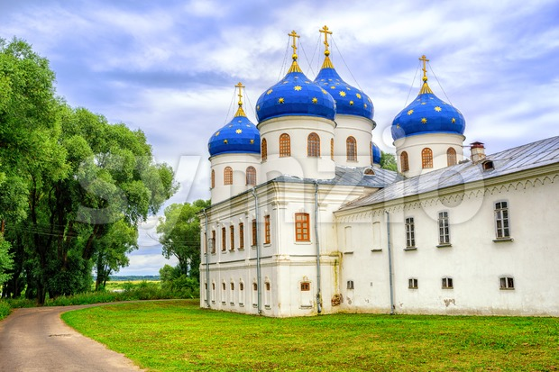 Blue domes of Yuriev Monastery, Novgorod, Russia Stock Photo