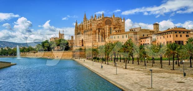 La Seu, the gothic medieval cathedral of Palma de Mallorca, Spain Stock Photo