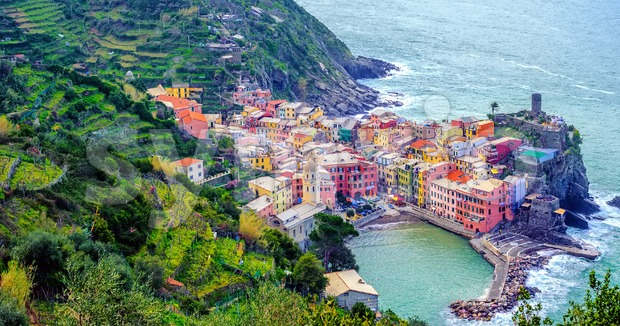 Picturesque Vernazza town on Mediterranean sea coast, Cinque Terre, Italy