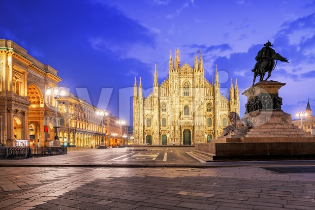 Milan Cathedral and the Galleria on piazza Duomo, Italy Stock Photo