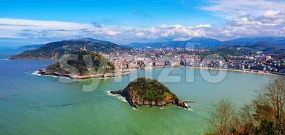 San Sebastian city, Spain, view of La Concha bay and Atlantic ocean Stock Photo