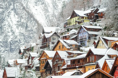 Wooden houses in Hallstatt, austrian alpine town by Salzburg, Austria Stock Photo