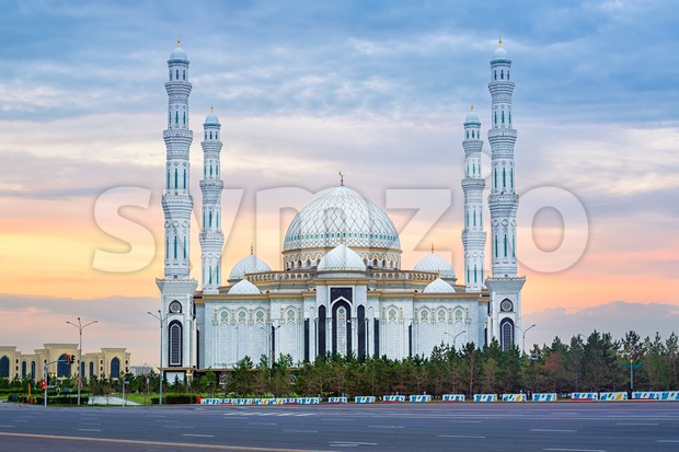 Astana, Kasakhstan, beautiful white Hazrat Sultan mosque on sunset Stock Photo