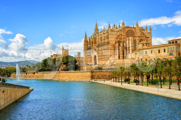 Gothic medieval cathedral of Palma de Mallorca, Spain Stock Photo