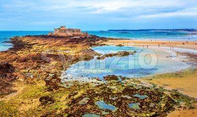 Atlantic ocean coast by St Malo, Brittany, France Stock Photo
