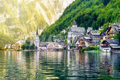 Hallstatt village on a lake in Alps mountains, Austria Stock Photo