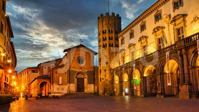 Orvieto Old town, Italy, at night Stock Photo