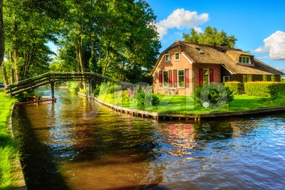 Water canal in Giethoorn village, Netherlands Stock Photo