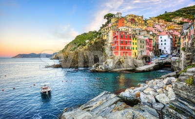 Riomaggiore village in Cinque Terre, Liguria coast, Italy Stock Photo